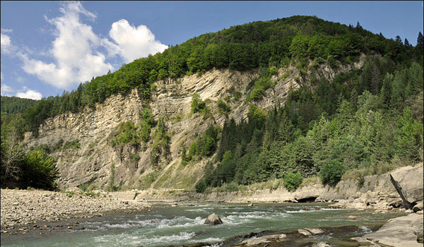 Engineering-geological conditions of the Chernivtsi region